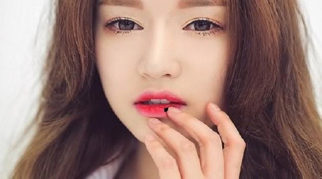 TT Thời Trang son-thach-len-mau-dam Son Thạch Đổi Màu Lip Cream Asami